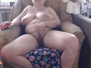 Russian Mature Rubbing Her Pussy